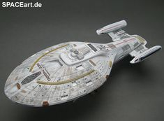 "Star Trek: U.S.S. Intrepid NCC-74600, Fertig-Modell ... <a href=""http://spaceart.de/produkte/spa014.php"" rel=""nofollow"" target=""_blank"">spaceart.de/...</a>"