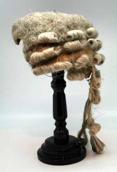 Superb Powdered Wig with original wood stand and tin box. Wigs served a… 18th Century Wigs, 18th Century Costume, 18th Century Clothing, 18th Century Fashion, Historical Costume, Historical Clothing, Marie Antoinette, Era Georgiana, Vintage Outfits