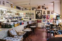 Dirty records and café Santo Domingo. Record shop and café at the street Andra Långgatan in Gothenburg, Sweden. Photo: Hilda Grahnat