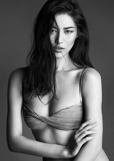 The Tulle Nervures bandeau bra worn by Liu Wen in the FW14 campaign.