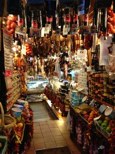 I bought the best sausage I have ever had from this shop in Palma  http://www.mallorcalife.co.uk/category/where-and-when-mallorca/food-drink-mallorca/