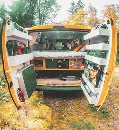 Would you like to go camping? If you would, you may be interested in turning your next camping adventure into a camping vacation. Camping vacations are fun and exciting, whether you choose to go . Vw Camper, Camper Life, Volkswagen Bus, Campers, School Bus Conversion, Camper Van Conversion Diy, Camping Vans, Suv Camping, Equipement Camping Car