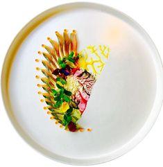 Mackerel/yuzu/fennel dust/salmon roe Feeling creative... #truecooks#theartofplating#thehague#thekitchenassassin#thebestchef#artonaplate#photooftheday#chef#dishoftheday#chefsplateform#chefsofinstagram#foodie#foodstarz_official#food#fdprn#happy#foodartchefs#gastroart#gastroartistry#beautifulcuisines#gourmetzfood#sousfresh#grateplates#chefstalk#chefsroll#foodpics#foodpictures#cookniche#thebestchefsoftheworld#culinarieinspiratie
