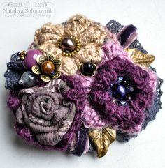 Crochet flower brooch, flower pin, crochet bouquet, flower art,textile flower…