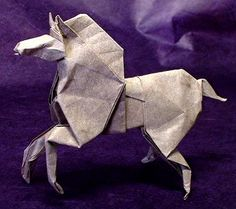 Origami Horse by Roman Diaz folded by Gilad Aharoni