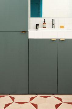 interesting floor tile pattern layout - like cabinet color combos - archi renovation appartement bleu heju studio 11 Bathroom Floor Tiles, Tile Floor, Architecture Parisienne, Interior Desing, Floor Patterns, Bathroom Inspiration, Design Inspiration, Design Ideas, Interior Design Living Room