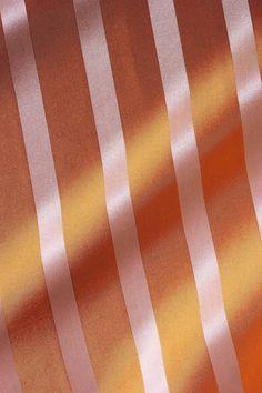 silk-bedware-cellini-design-seidenbettwaesche-039 #Silk pillow case, bedsheet and duvet cover made in Germany by #Cellini Design. Custom sizes possible. #Seidenbettwäsche aus reiner #Seide von #Spinnhütte Cellini Design aus Deutschland.