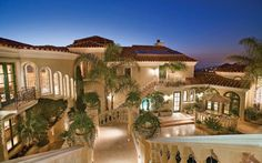 For more luxury homes like this one visit www.luxurynchomes.com and www.charlottelakenormanrealestate.com