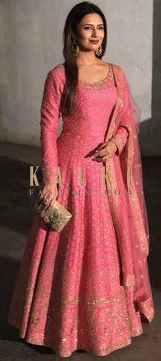 Divyanka Tripathi in Kalki candy pink anarkali suit adorn in delicate zari embroidery all over Indian Gowns Dresses, Indian Fashion Dresses, Dress Indian Style, Indian Outfits, Flapper Dresses, Silk Anarkali Suits, Anarkali Dress, Lehenga, Latest Anarkali Suits