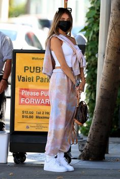 Madison Bier, Estilo Madison Beer, Madison Beer Style, Madison Beer Outfits, Celebrity Outfits, Teen Fashion Outfits, Trendy Fashion, Celebrity Style, Girl Fashion