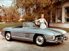 Sports car of the economic miracle: Mercedes-Benz 300 SL Roadster (W 198 II). Mercedes Benz 300, Mercedes Benz Cars, Mercedes Classic Cars, Bmw Classic, Classic Style, Moda Rock, Convertible, Carl Benz, High End Cars