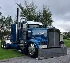 Show Trucks, Big Rig Trucks, Pickup Trucks, Custom Big Rigs, Custom Trucks, Peterbilt Trucks, Heavy Truck, Diesel Trucks, Classic Trucks