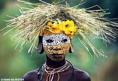 Natural Fashion by Omo Tribe Member, Ethiopia. Picture by Hans Sylvester.