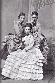Daughters of King Christian IX and Princess Louise; Princess Thyra Amalie, Princess Alexandra Caroline,and Princess Marie Dagmar aka Maria Feodorovna, Hesse-Kassel,Germany. Maria Fjodorowna, Old Photos, Vintage Photos, Tsar Nicolas Ii, Tsar Nicholas, Reine Victoria, Queen Victoria, Christian Ix, Ernst August