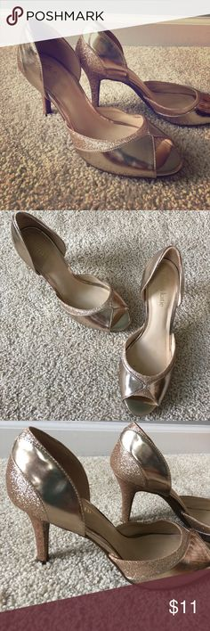 Kelly& Katie gold heels Gold heels open toe with sparkle heels and around toes gently worn Kelly & Katie Shoes Heels