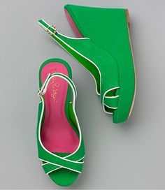 loving the lilly  loving the kelly green, perfection