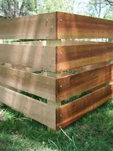 Compost Bin Plans  -- Finally a plan that even we could build....and we are......looking good so far..