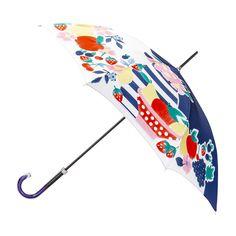 Une petite pose fruitée avec un imprimé qui reprend les codes graphiques de la nature morte.  Prenez le temps d'une escale sous ce parapluie haut de gamme.