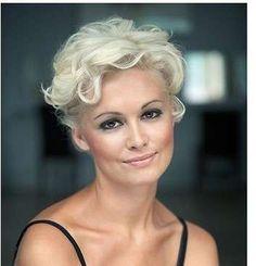 Tagli capelli ricci: consigli  (Foto 9/12)   PourFemme