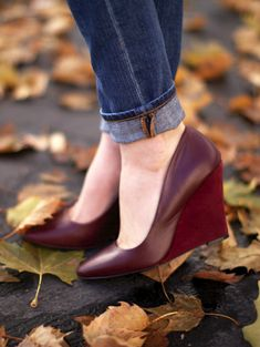 Burgundy Wedges --- what pretty shoes. Pretty Shoes, Beautiful Shoes, Cute Shoes, Me Too Shoes, Wedge Sandals, Wedge Shoes, Shoes Sandals, Burgundy Wedges, Red Wedges