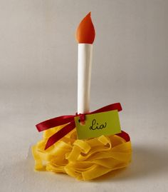 E se le #tagliatelle diventassero dei segnaposti per #Natale? White Christmas, Xmas, Birthday Candles, Centerpieces, Crafts, Tables, Decor Ideas, Wedding Ideas, Flashlight