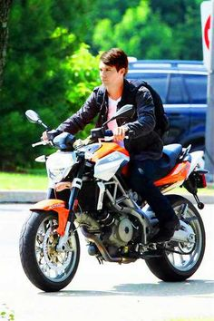 James Maslow on a motorcycle canyoufreakingnot