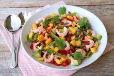 Skalldyrsalat med mango og avokado - LINDASTUHAUG Fruit Salad, Cobb Salad, Mango, Avocado, Healthy Recipes, Healthy Food, Food And Drink, Ethnic Recipes, Manga