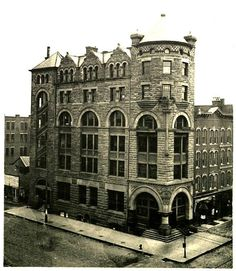 King Building, Also known as the Merchants and Manufacturers National Bank and Hanover Block. Located at 184 N. High St., corner if Spring and High.Open in 1886 and was razed in 1945  Columbus Metropolitan Library