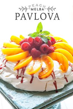 Easy Peach Melba Pavlova from Whipperberry This dessert was named after Australian opera singer Dame Nellie Melba and Russian ballerina Anna Pavlova. Light Desserts, Summer Desserts, Just Desserts, Summer Fruit, Sweet Recipes, Cake Recipes, Dessert Recipes, Peach Melba, Macarons