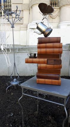Un libro e un buon caffè, cosa chiedere di più...?