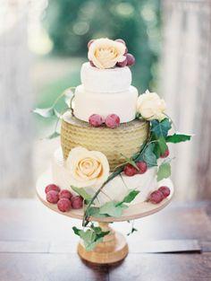 Hacienda wedding romance in Spain - gold and plum wedding cake Beautiful Wedding Cakes, Gorgeous Cakes, Pretty Cakes, Amazing Cakes, Perfect Wedding, Cheese Tower, Wheel Cake, Hacienda Wedding, Naked Cakes