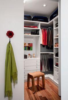 Closets E Guarda Roupas Bem Organizados
