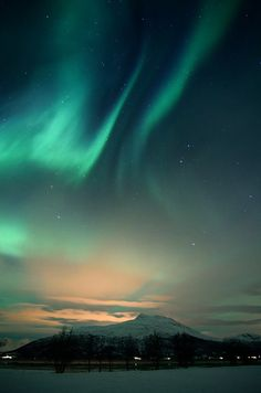 one of the things on my bucket list - see the Northern Lights with my own eyes...