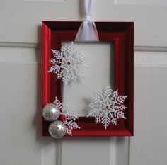 Picture Frame Christmas Wreath - Red and White. $20.00, via Etsy.  Making these frame wreaths was a blast!
