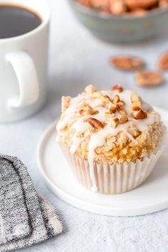 Pumpkin Cream Cheese Muffins are everything you love about fall, in muffin form! A definite must-make! #muffins #pumpkin