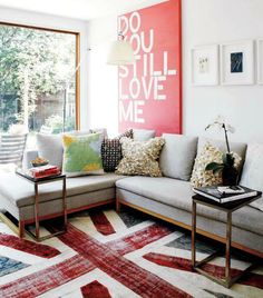 20 Beautiful Living Rooms in Pop Art Style