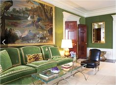 Tory Burch New York Apartment Green Velvet Walls Living Room Sofa Living Room Green, Green Rooms, Green Walls, Green Velvet Sofa, New York Homes, Lounge, Beautiful Interiors, Chinoiserie, Tory Burch