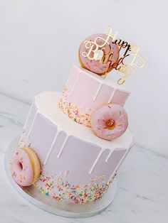 mariasweetcakery Donut Deluxe – Mariasweetcakery - New Site 14th Birthday Cakes, Donut Birthday Parties, Donut Birthday Cakes, Birthday Ideas, 19th Birthday, Girl Birthday Cakes Easy, Pretty Cakes, Cute Cakes, Yummy Cakes