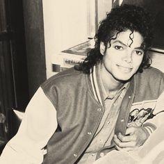 Michael Jackson♥  #DJs #MJboss #Missjade check out upcoming hip hop artist miss jade out of Redding, California www.reverbnation....