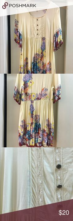 Umgee dress size large Umgee dress size large. Notice there are some dark spots down one portion which could be cleaned off. umgee Dresses Mini