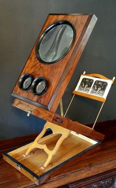 Antique folding Edwardian Walnut and Ebonized Stereographic Viewer from lamontantiques on Ruby Lane Antique Cameras, Old Cameras, Vintage Cameras, Photography Gear, Photoshop Photography, Field Camera, Penny Arcade, New Media Art, Camera Obscura