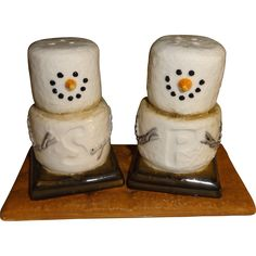 Marshmallow Snowmen S'Mores Salt and Pepper Shakers