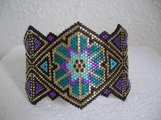 Inspiration : Nice peyote stitch cuff