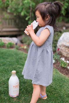 We Tried Pea Milk - Here's Our Review by popular blogger Sandy A La Mode #ad