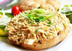 Pomazánka ze zbytků pečeného masa No Salt Recipes, Diet Recipes, Cooking Recipes, Czech Recipes, Ethnic Recipes, Fried Rice, Baked Potato, Ham, Risotto