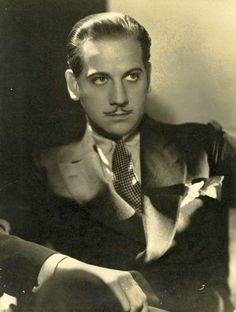 Melvyn Douglas, 1932