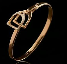Mi anillo....