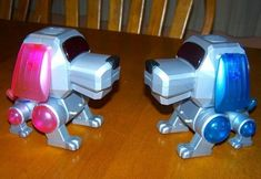 A robotic dog | 28 Things Every '00s Girl Had In Her Bedroom