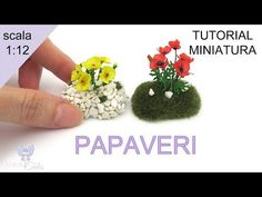 (41) Papaveri in scala 1:12 - YouTube Miniature Houses, Miniature Dolls, Mini Houses, Fun Crafts, Diy And Crafts, Paper Crafts, Diy Dollhouse, Dollhouse Miniatures, Biscuit