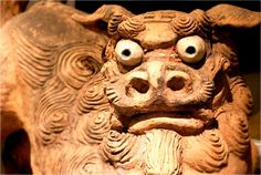 Smiles and snarls from Okinawa's Shisa figures Fotopedia Editorial Team 作成